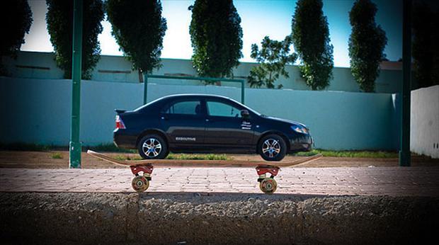car-on-skateboard-optical-illusion